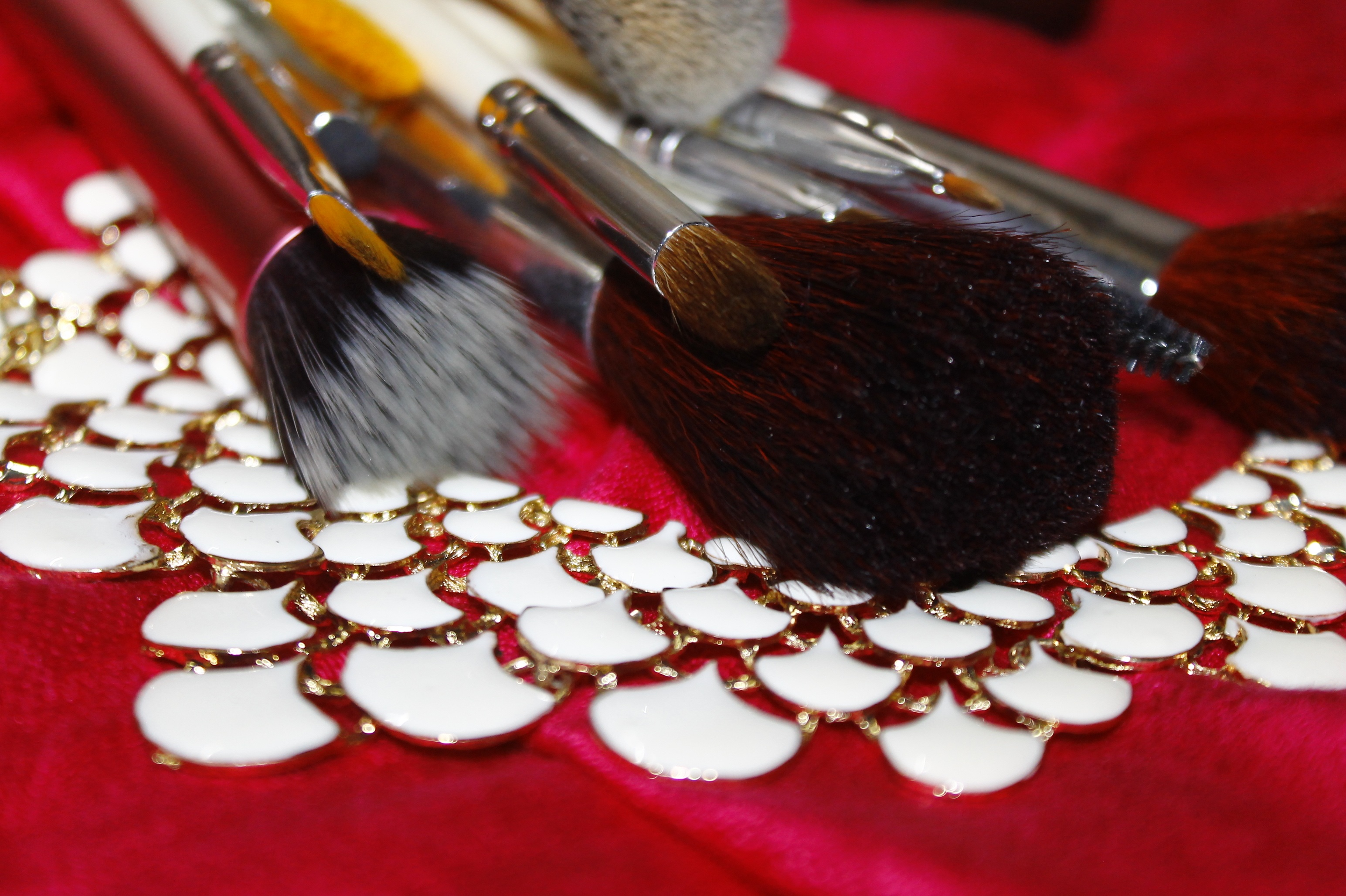 slide /fotky70827/slider/makeup-brush-548178.jpg